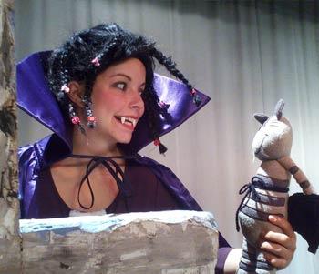 Mona ist ein Vampier vom Kinder- und Jugendtheater Frankfurt