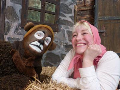 Mascha und der Bär im Kinder-und Jugend-Theater Frankfurt